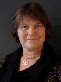 Rebecca Johnson : Executive Director